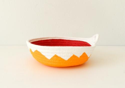 Schale aus Baumwollseil | Caroline Rager | Zickzack orange rot