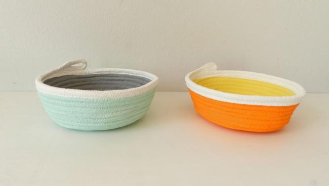 Schalen aus Baumwollseil | Caroline Rager | grau mint und orange gelb
